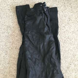 Refuge Wetlook/leather Look Jeans Size 7