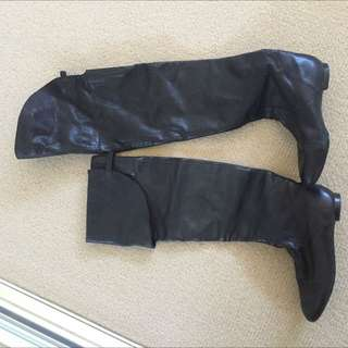 Size 37 - Witchery Knee High Leather Boots