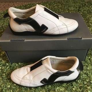 費加洛Salvatore Ferragamo休閒鞋