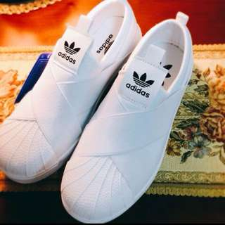 Adidas 蹦帶鞋