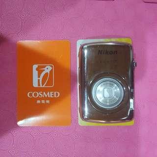 Nikon迷你數位相機 Coolpix S01