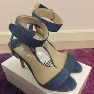Tony Bianco Size 9 1/2 Heels Worn Once Perfect Condition