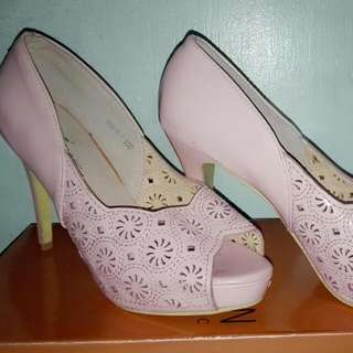 St&Sat Baby Pink Shoes Size 6 Used Once Only Reason For Selling:closet Clean Up