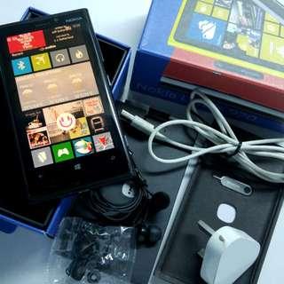 Nokia Lumia 920 Mobile Phone