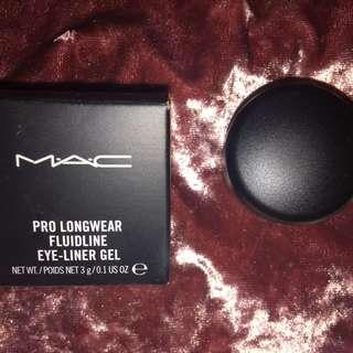 Mac Pro Long Wear Gel Eyeliner
