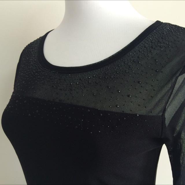 網紗透膚黑色亮珠上衣#好秋服飾