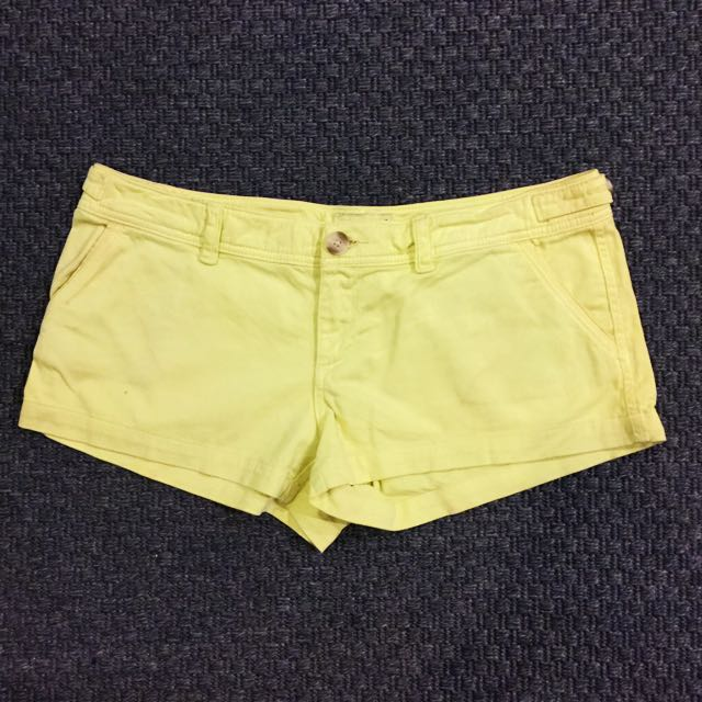AMERICAN EAGLE OUTFITTERS Lime Green Short