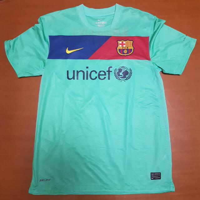AUTHENTIC NIKE BARCELONA DAVID VILLA 2010 2011 AWAY FOOTBALL JERSEY DRI FIT