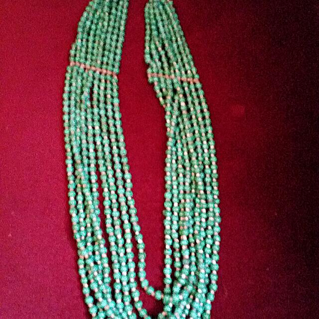 Beads Necklace, Equip