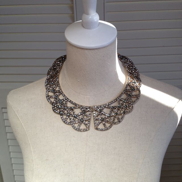 New Collar Necklace