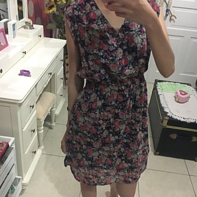 Gaudi Floral Dress Murah