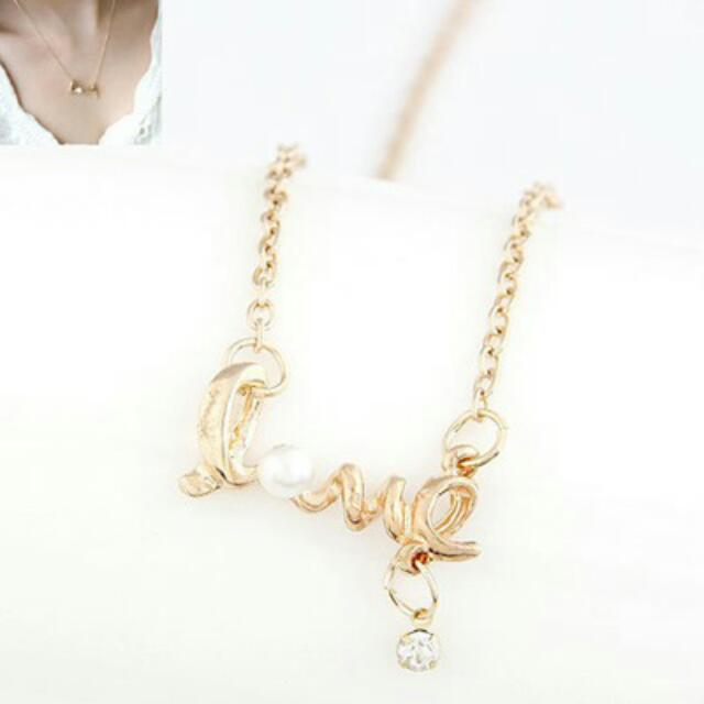 [READY] Kalung Korea Letters Love Pearl Decorated