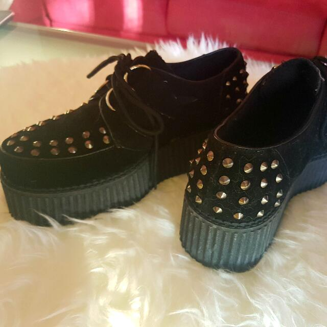 Lipstik Black Suede Creepers Size 7