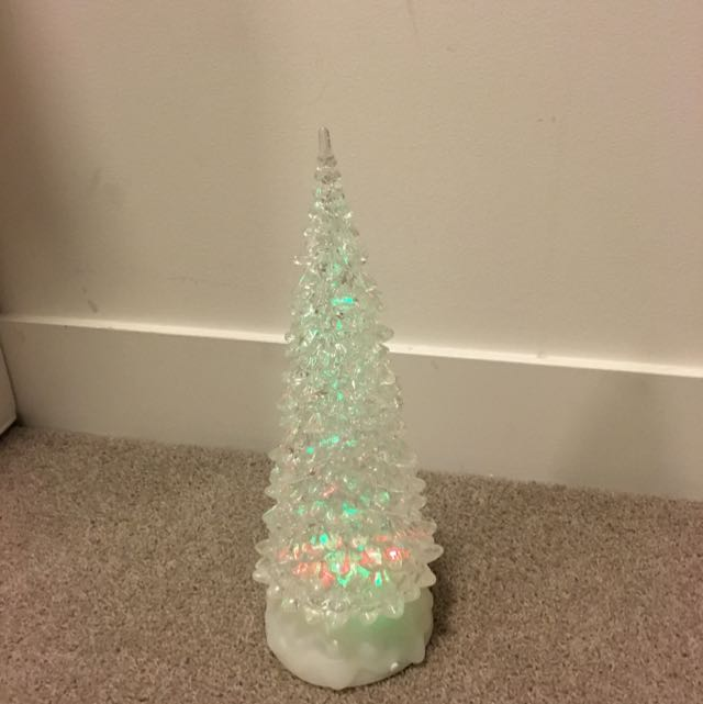 Multi-Coloured Christmas Tree That Lights Up