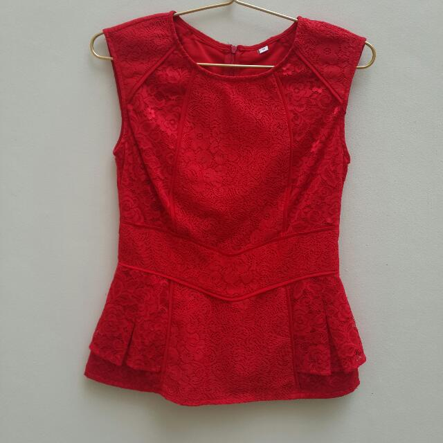 (Preloved) Lace Full Brukat Red Top