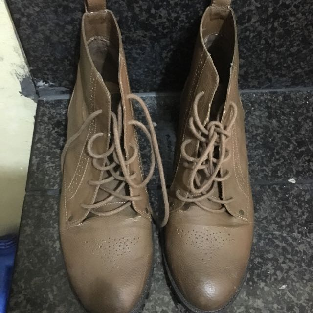 Repriced Pull And Bear Boots