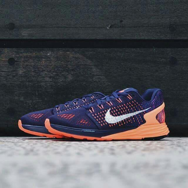Rush Sale! NIKE Lunarglide-7  Size 10   Good Condition,  Used Twice For Gym.   mall Price: 6,200