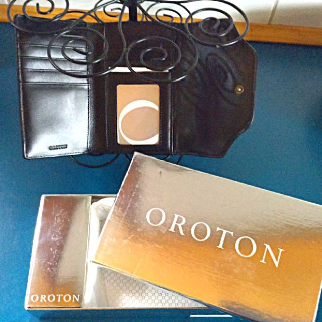 👛STUNNING,NEAT,COMPACT NWT LADIES WALLET/PURSE👛