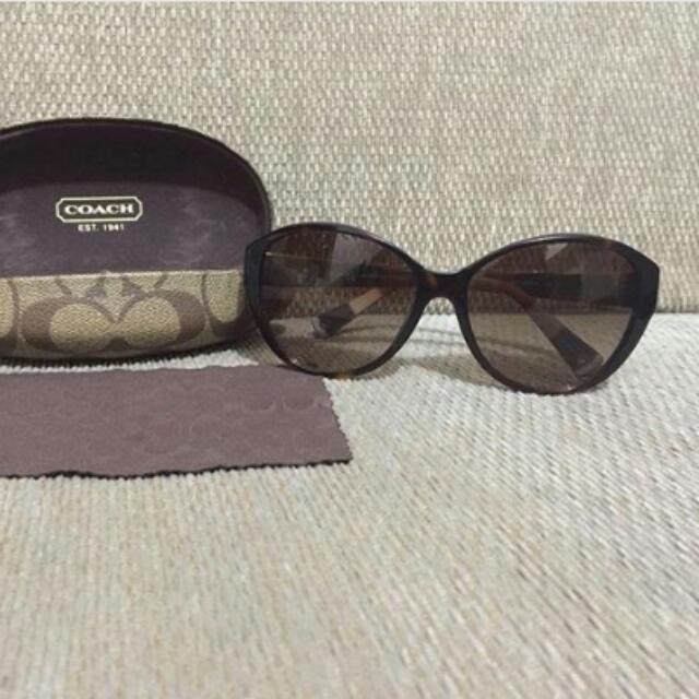 Sunglasses Coach Authentic