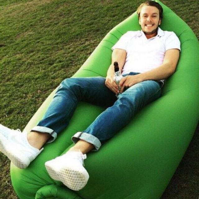 The inflatable beach/camping/floating lounger without a pump!