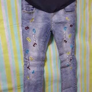 時尚孕期牛仔褲
