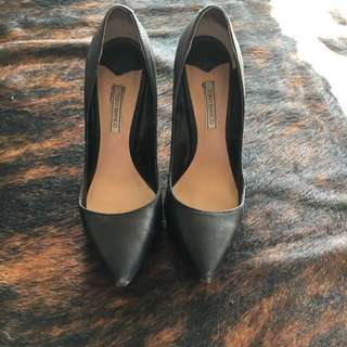 Tony Bianco Black Leather Heels Size 7