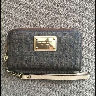 Authentic Michael Kors Medium Sized Wallet
