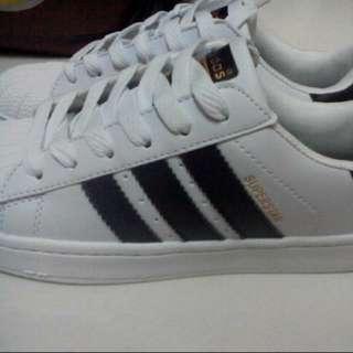 Adidas Superstar Gold Tag