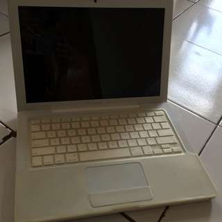 MacBook White Late 2008