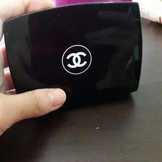 Chanel粉餅
