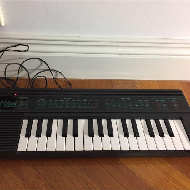 1980s Yamaha Portasound PSS130 Keyboards