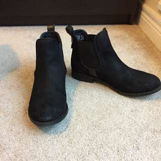 "Steve Madden ""Gilte"" Ankle Boots"