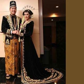 Traditional Javanese Bridal Gown