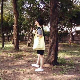 鵝黃色文青帆布袋