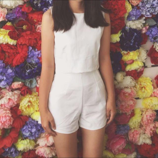 白色無袖套裝(上衣+褲子!)