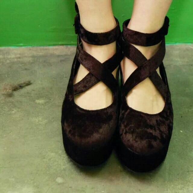 降價●●毛茸茸交叉厚底鞋●●