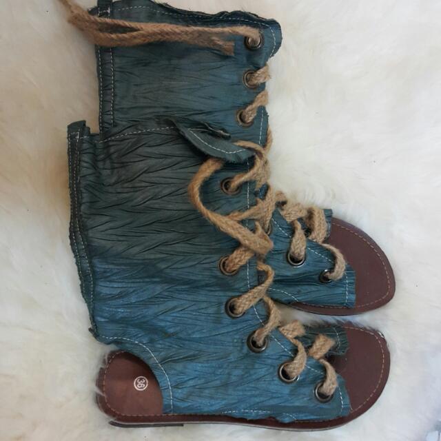 日式忍者鞋,非常特別