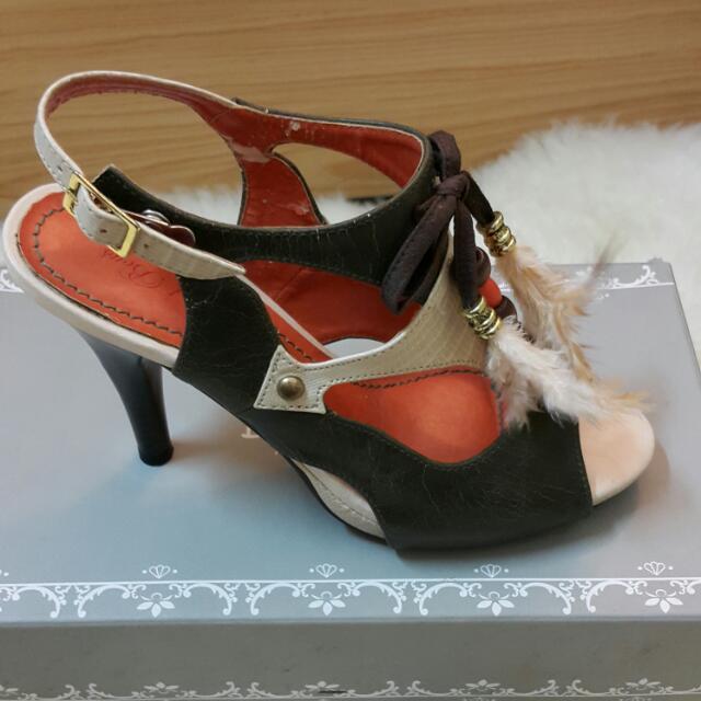 日本店購入高跟鞋