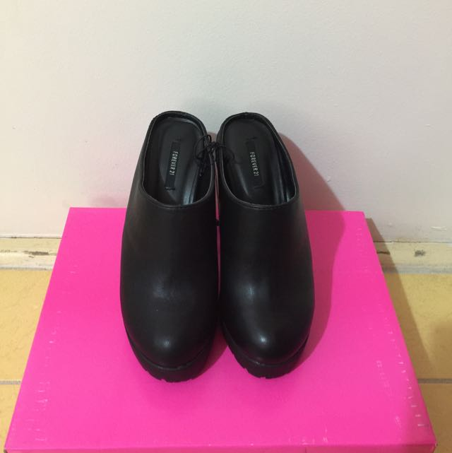 *Brand New* Forever 21 Black Ankle Boots Size 6.5