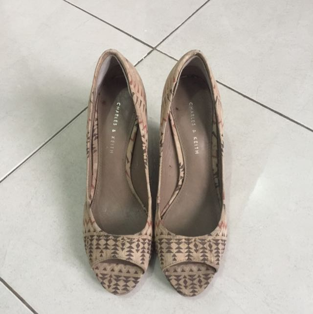 charles & keith tribal wedges (original)