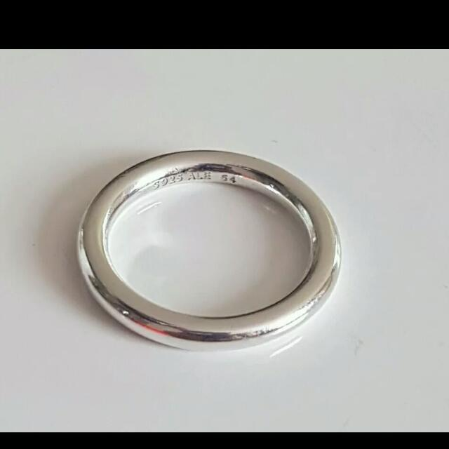 Genuine RETIRED Pandora Ring