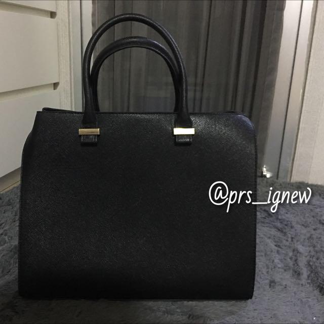 H & M Handbag