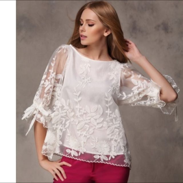 Lace Beautiful Top Brand New