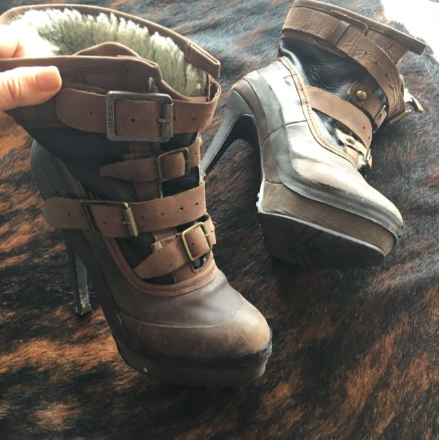 Leather Boots With Wool Lining. Size 7.5