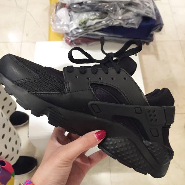全黑武士Nike HUARACHE RUN(GS)