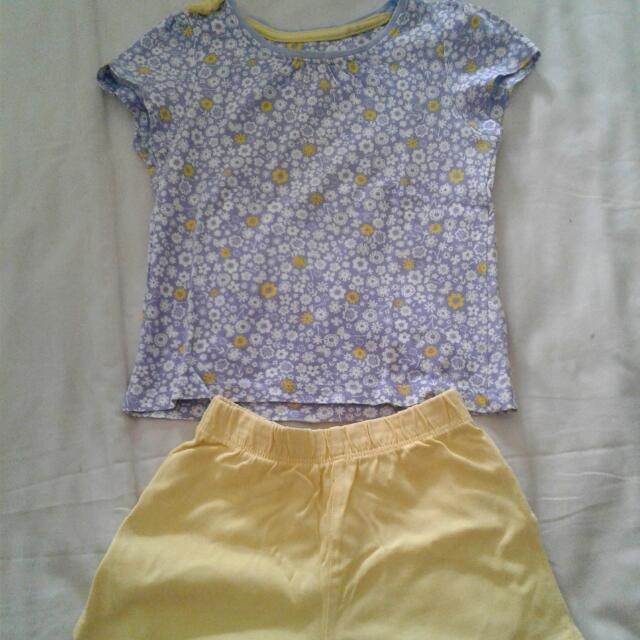 One Set Mothercare Flower