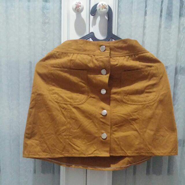 Rok Kancing Button Skirt Coklat