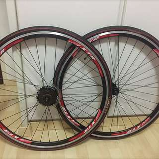 XTREME wheelset with Shimano 7 speed cassette