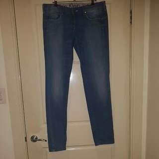 "Calvin Klein Jean's - Size 14 (32"")"