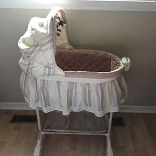 2 in 1 Bily Dots N Stripes Baby Bassinet
